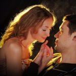 Гадание онлайн на любовь и отношения-расклад «Любовная история».